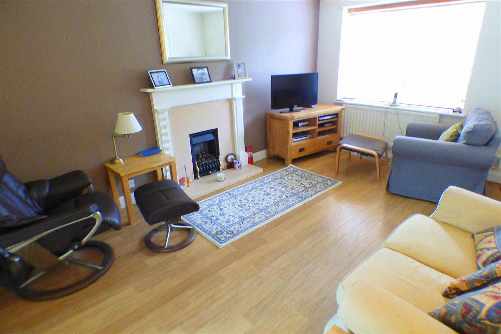 3 Bedrooms Semi Detached House for sale in Haydock Close, Stratford-Upon-Avon
